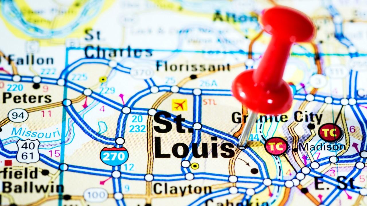 St. Louis area coronavirus kasus-kasus yang diperkirakan akan mencapai puncaknya dalam waktu 2-3 minggu
