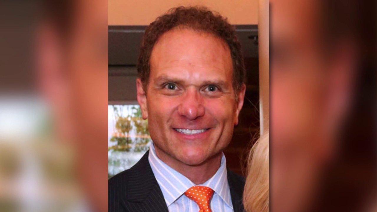 Geschäftsmann John Rallo verurteilt werden, in der Stenger pay-to-play-Skandal