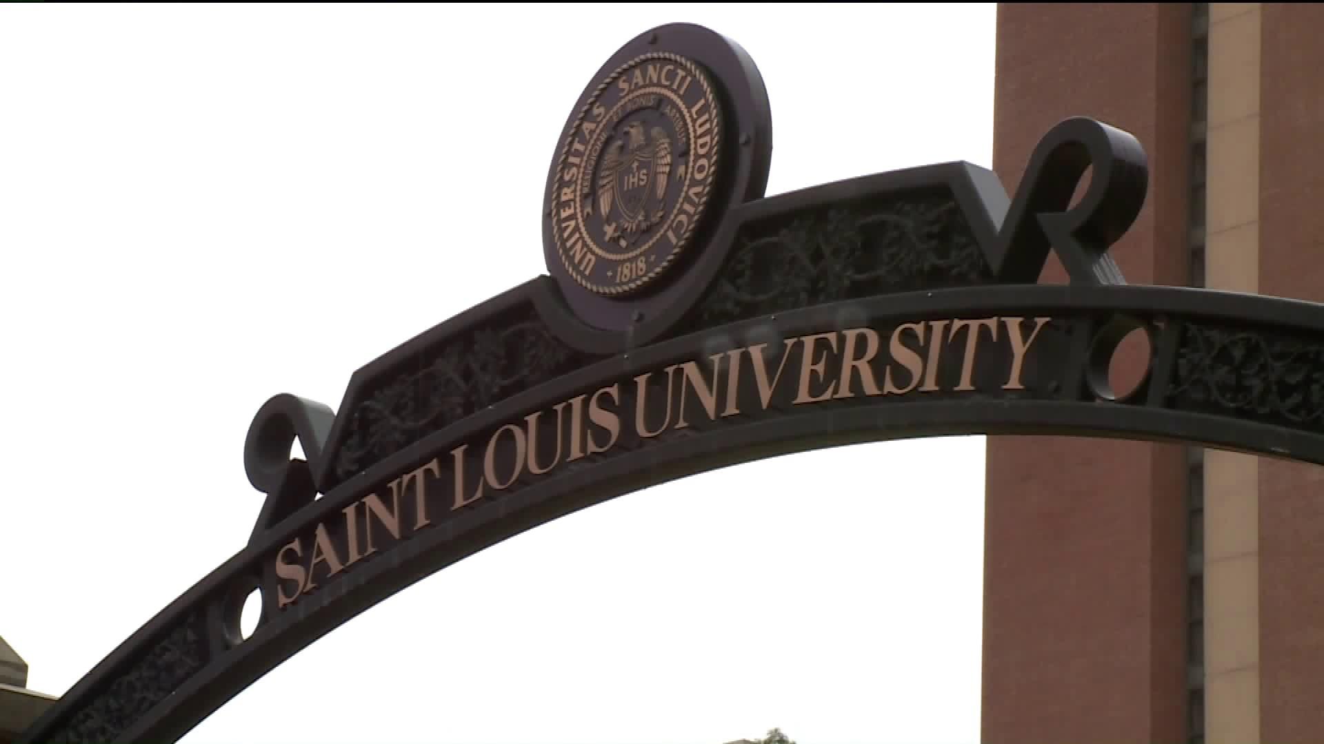 Slu 2020 Christmas Closing 22 SLU students test positive for COVID during campus move in | FOX 2