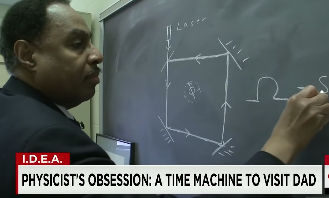Meet the scientist trying to travel back in time | FOX 2