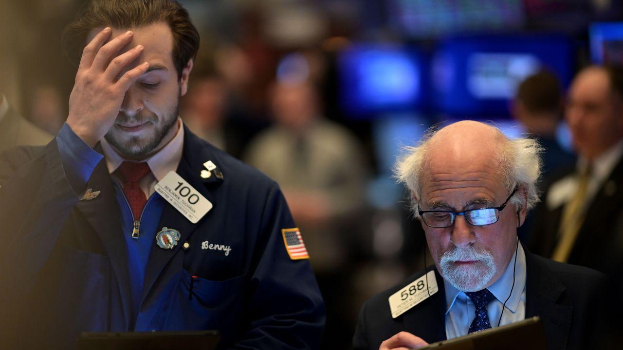 Dow stürzt 900 Punkte als coronavirus ängste weiter