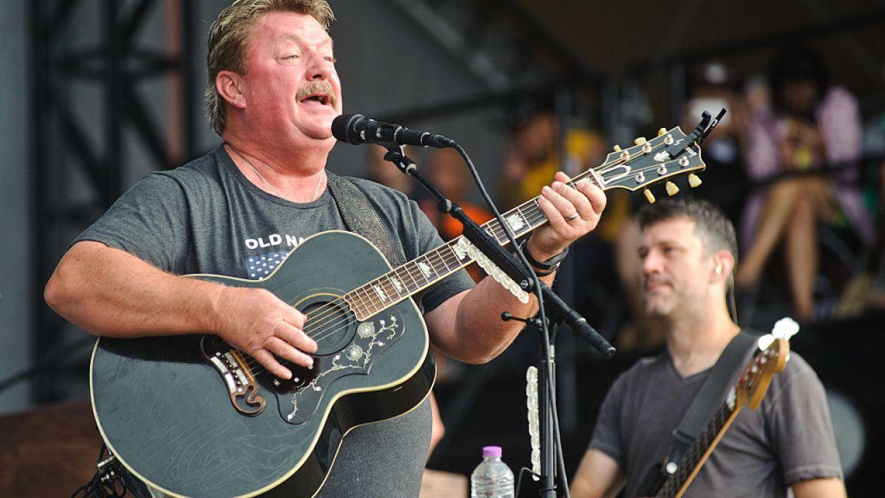 Joe Diffie, der country-Musik-Legende, stirbt aus COVID-19 Komplikationen