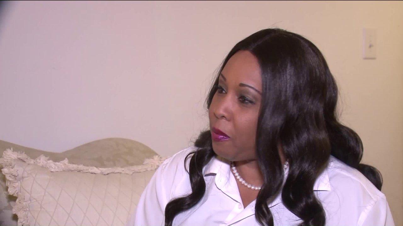 Belleville κάτοικος γίνεται η πρώτη αφροαμερικανή γυναίκα να τρέξει για τη Γερουσία, ως Δημοκρατικός