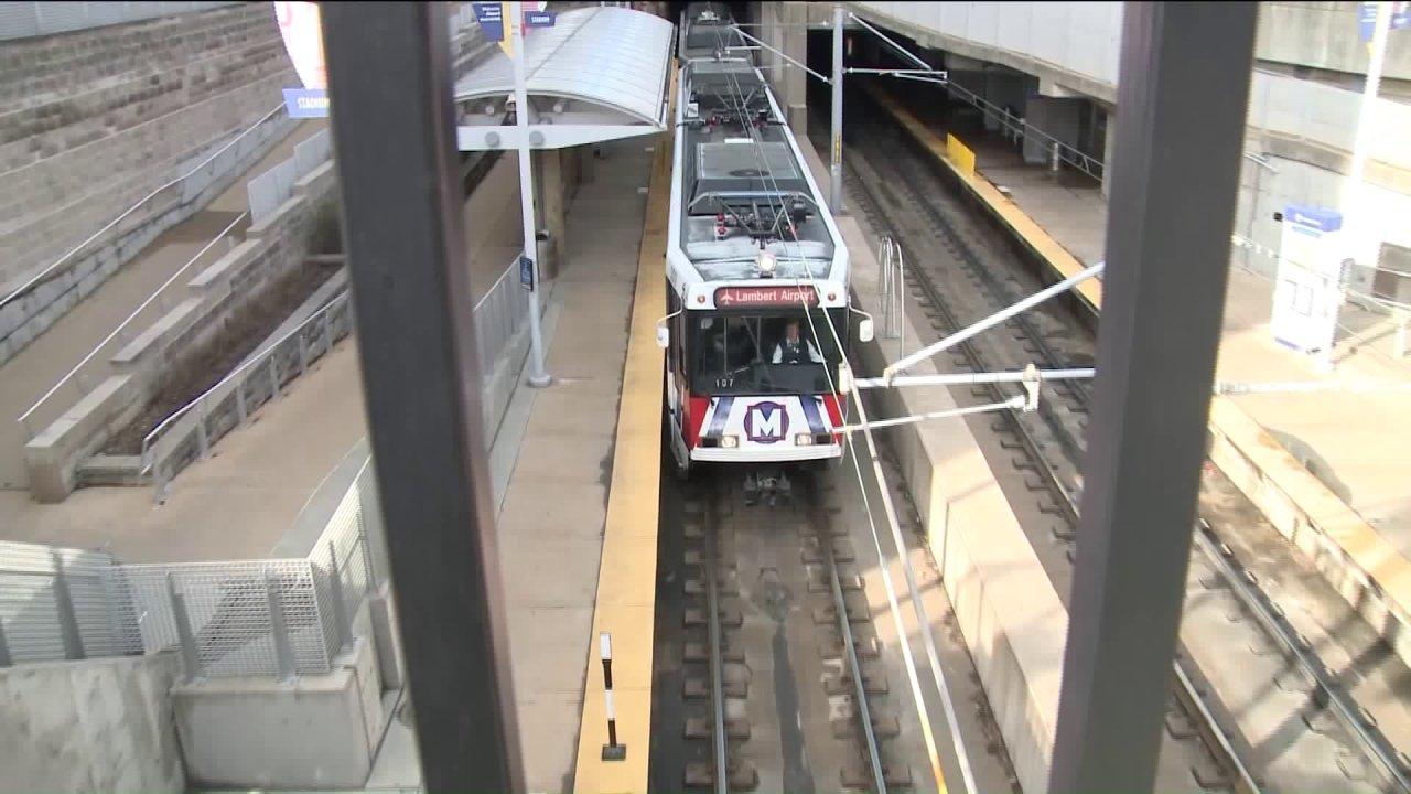 Το μετρό Transit κάνει προσαρμογές σε απάντηση COVID-19