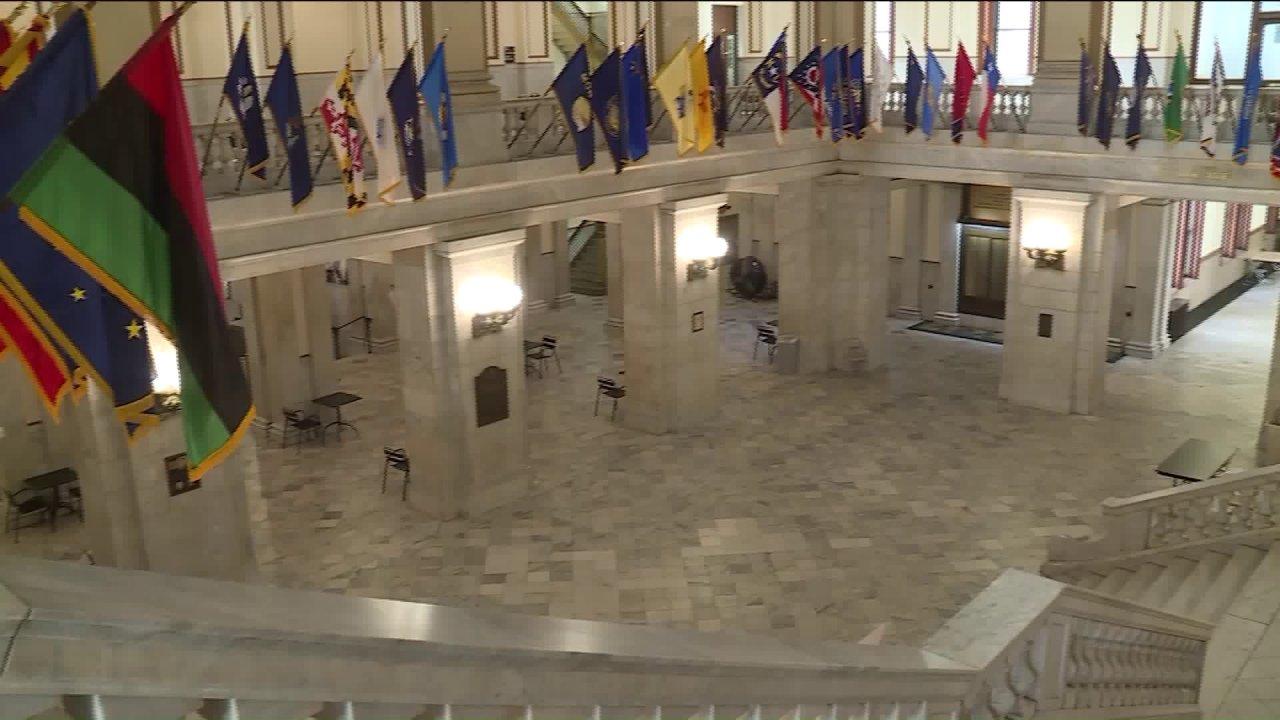 Bürgermeister Krewson halten will St. Louis City Hall geöffnet