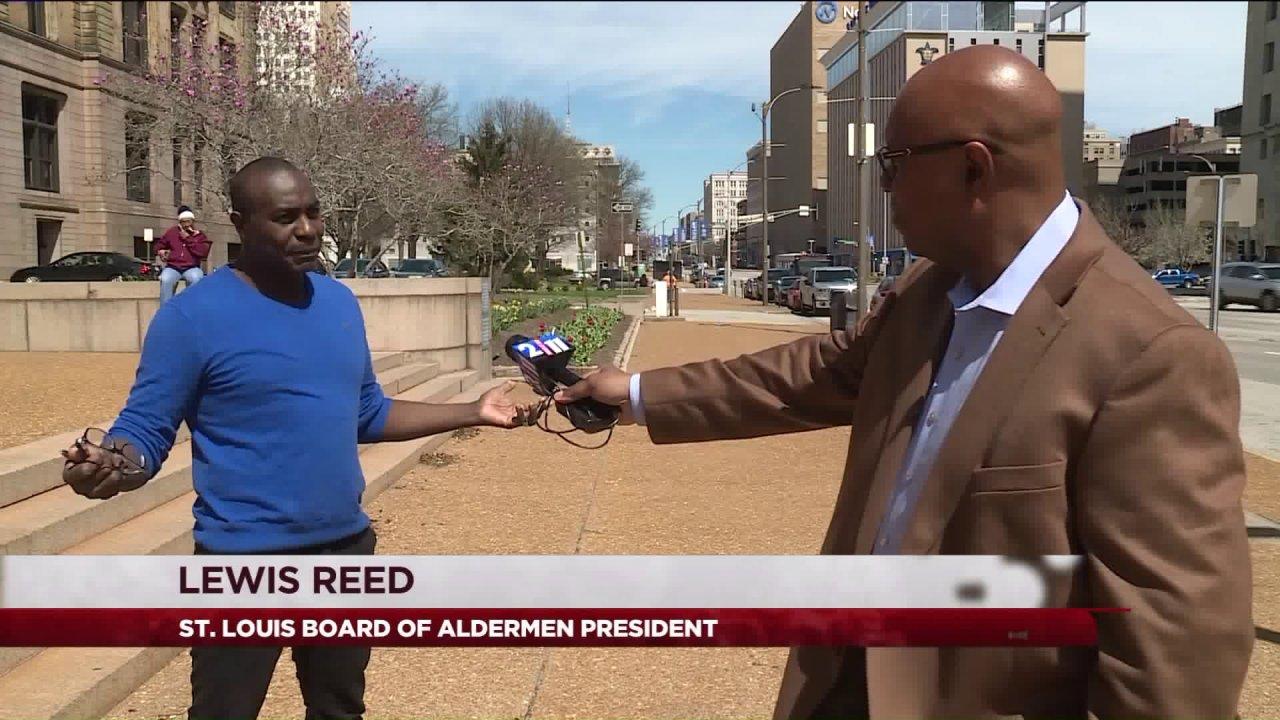 St. Louis Board of Stadträte Präsident fordert Abschaltung von city hall