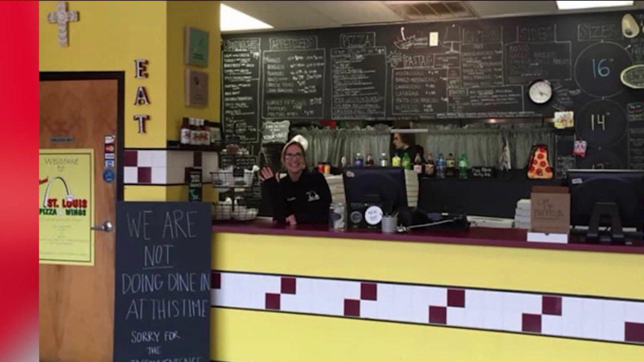 St. Louis County pemilik restoran memberikan berkat, feed polisi