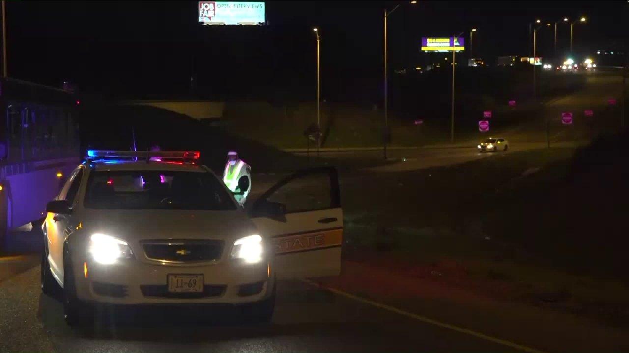 Zwei Männer gefunden, die erschossen im Auto auf der I-64 in East St. Louis