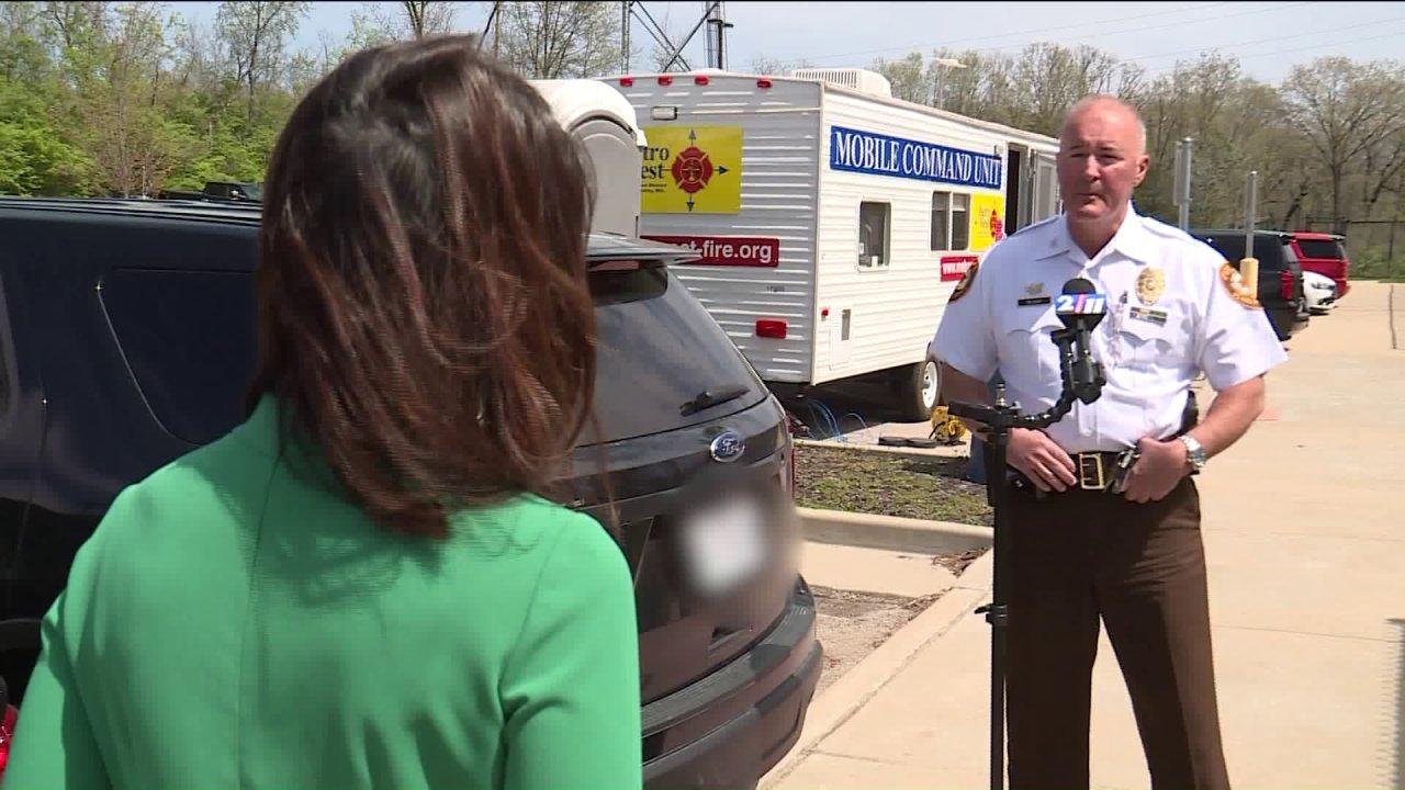 '私たちが発展していくために取得を通じてこのセントルイス郡警察署長には、メッセージを公約coronavirusつの変化で警