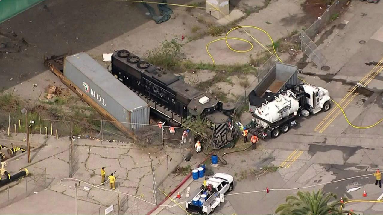 Insinyur sengaja tergelincir dari rel kereta api dalam percobaan serangan terhadap kapal rumah sakit USNS Mercy, jaksa federal mengatakan