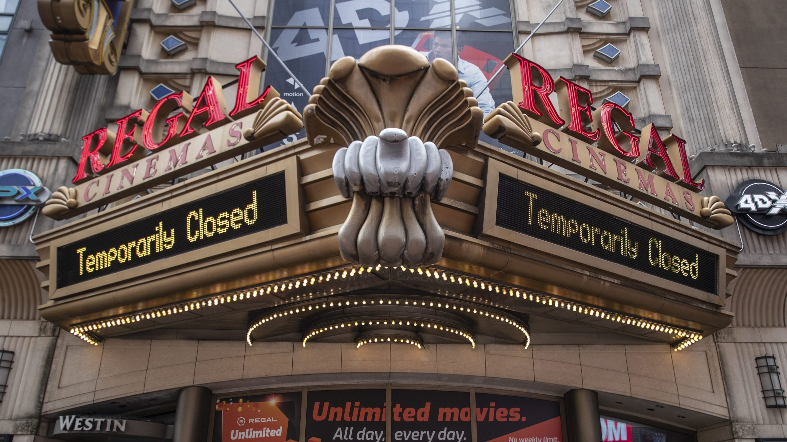 regal cinemas owner considering closure of all theaters worldwide fox 2 regal cinemas owner considering closure