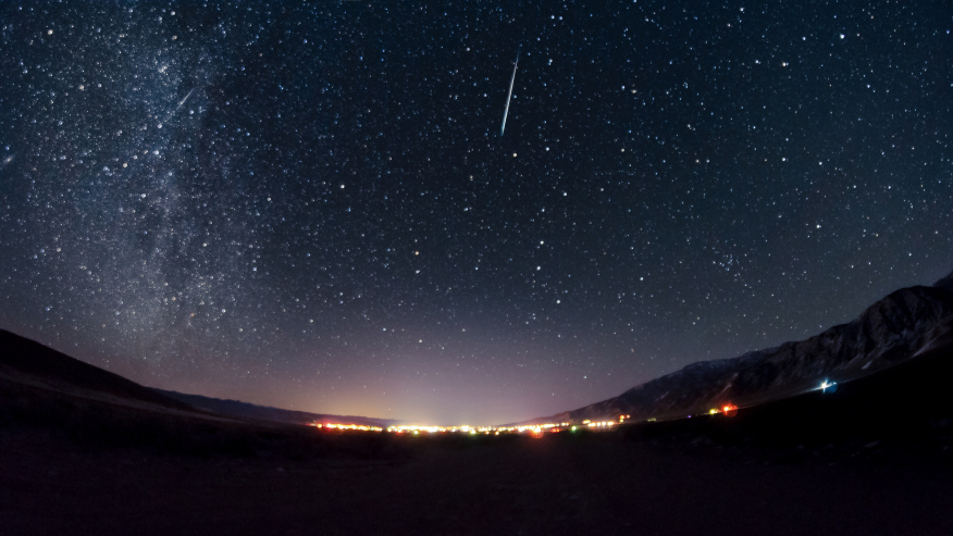 Here S When To Look For Tonight S Leonid Meteor Shower Fox 2