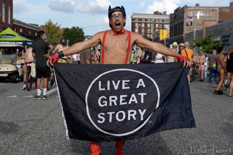 PICTURES: 2021 World Naked Bike Ride in St. Louis   FOX 2